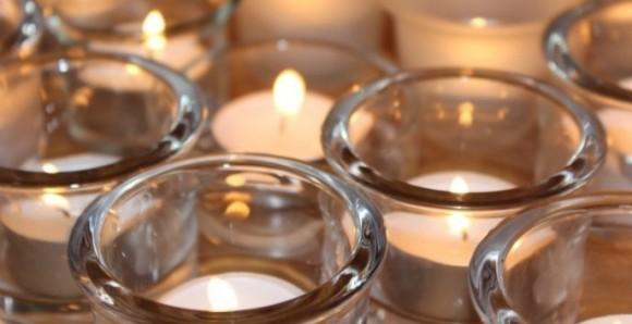 Online eine Kerze anzünden
