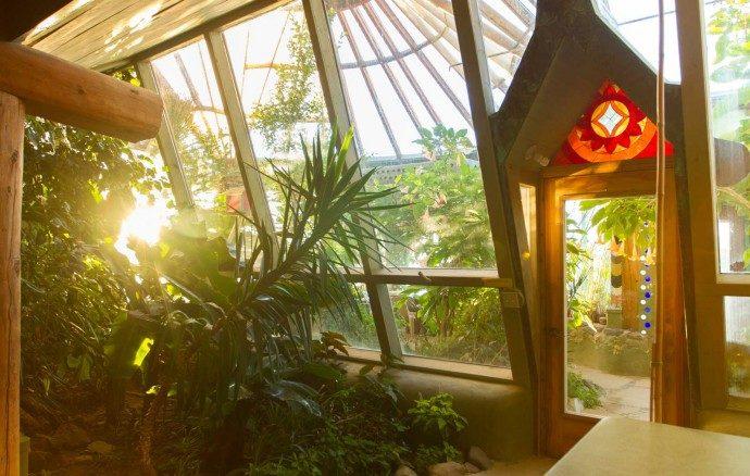 earthship landet in tempelhof newslichter gute. Black Bedroom Furniture Sets. Home Design Ideas